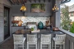 Outdoor-kitchen-grill-big-green-egg_Jessica-Bradley-Interiors_-Rebecca-Lehde