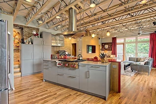 CSI Kitchen and Bath Studio showroom showcasing a Modern kitchen design