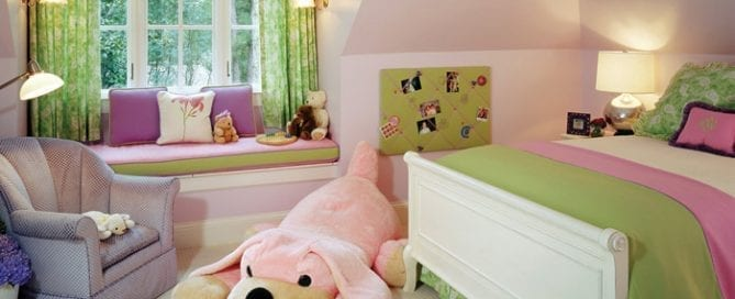 Pineapple House B Girls BR tackless photo board window seat for reading n playing games Pineapple House