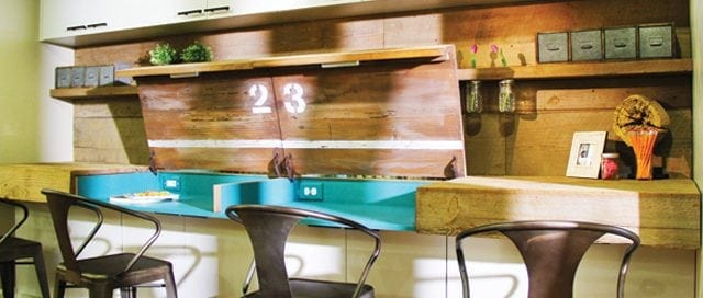 DIY Custom-made desk with hidden storage