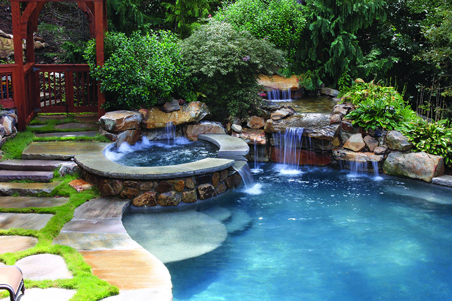 Photo courtesy of Joe A. Gayle & Associates, photography by Natural Pools by Dacor, Inc.