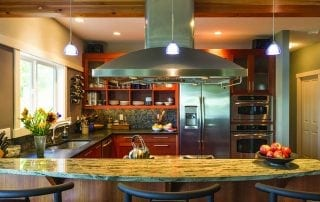 Beautiful, contemporary kitchen design with granite countertop - Atlanta StoneWorks
