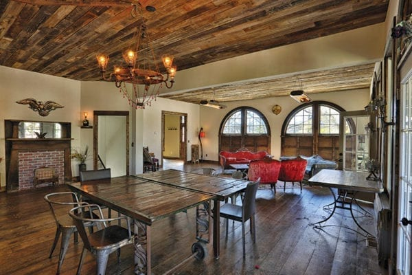 firehouse-transformed-into-a-house: living-room