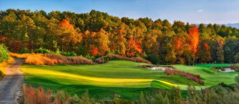 Old Toccoa Farm golf course 4th hole and Fall Foilage