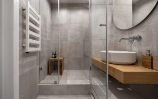 Modern bathroom design with shower door enclosures